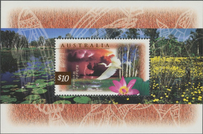 1997: SG MS1686 Fauna and Flora (2nd series) miniature sheet