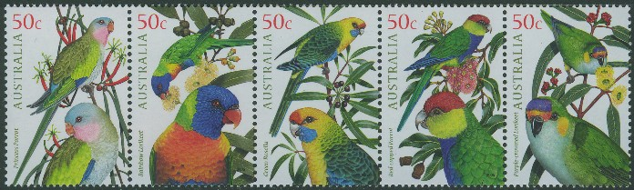 2005: SG2479a Australian Parrots strip of 5