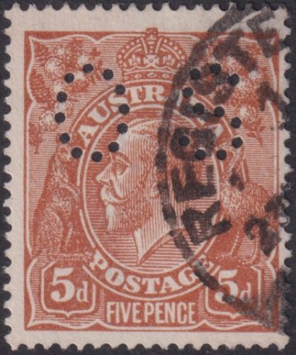 Australian Official Stamp SG O42c 5d Brown comb perf King George V Head (AOG/598)