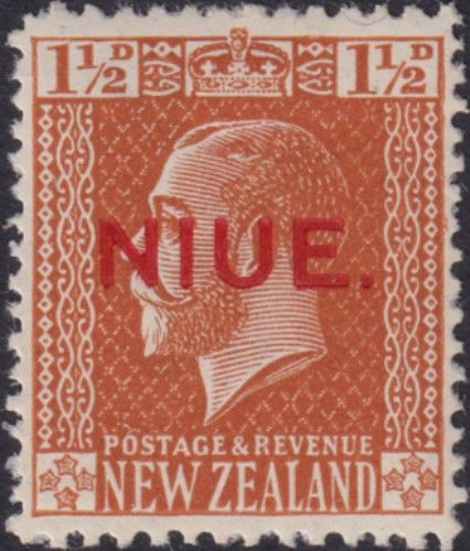 Niue SG26 1½d. King George V orange-brown typo printed (UEE0/30)