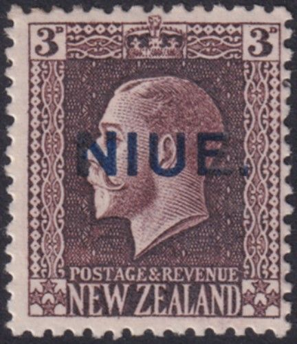 Niue SG29a 3d. King George V chocolate recess printed perf 14x14½ (UEE0/37)