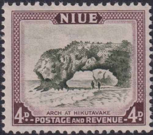 Niue SG117 4d. Arch at Hikutavake olive-green and purple-brown